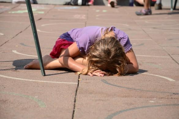 Ce facem când vedem un copil care este agresat fizic de propriul părinte